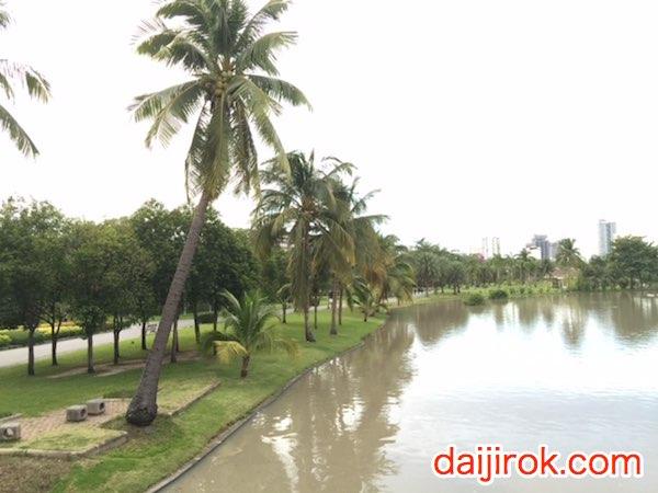 20160525j_Chatuchak park